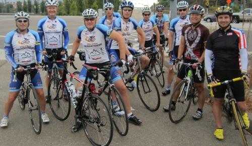 Group_start_at_bike_path